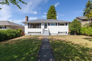 "Main Photo: 6937 CARNEGIE Street in Burnaby: Sperling-Duthie House for sale in ""Sperling-Duthie"" (Burnaby North)  : MLS®# R2400344"