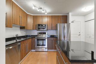 Photo 7: 905 9819 104 Street in Edmonton: Zone 12 Condo for sale : MLS®# E4177510