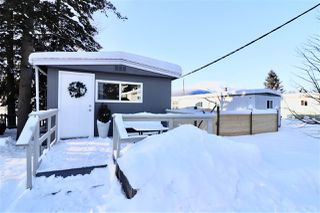 "Photo 18: 16 95 LAIDLAW Road in Smithers: Smithers - Rural Manufactured Home for sale in ""MOUNTAIN VIEW MOBILE HOME PARK"" (Smithers And Area (Zone 54))  : MLS®# R2428480"