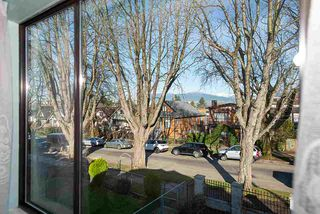 Photo 12: 578 E 10TH Avenue in Vancouver: Mount Pleasant VE House for sale (Vancouver East)  : MLS®# R2437830