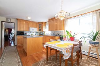 Photo 4: 578 E 10TH Avenue in Vancouver: Mount Pleasant VE House for sale (Vancouver East)  : MLS®# R2437830