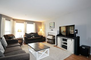 """Photo 2: 14 19060 FORD Road in Pitt Meadows: Central Meadows Townhouse for sale in """"REGENCY COURT"""" : MLS®# R2439093"""