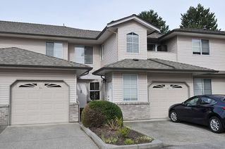 """Photo 1: 14 19060 FORD Road in Pitt Meadows: Central Meadows Townhouse for sale in """"REGENCY COURT"""" : MLS®# R2439093"""