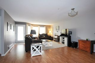"""Photo 3: 14 19060 FORD Road in Pitt Meadows: Central Meadows Townhouse for sale in """"REGENCY COURT"""" : MLS®# R2439093"""