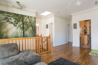 Photo 3: 3541 ADANAC Street in Vancouver: Renfrew VE House for sale (Vancouver East)  : MLS®# R2446192