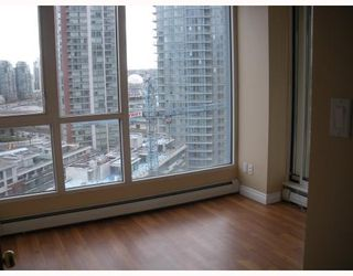 """Photo 6: 1504 183 KEEFER Place in Vancouver: Downtown VW Condo for sale in """"Parks Place"""" (Vancouver West)  : MLS®# V782755"""