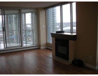 """Photo 3: 1504 183 KEEFER Place in Vancouver: Downtown VW Condo for sale in """"Parks Place"""" (Vancouver West)  : MLS®# V782755"""