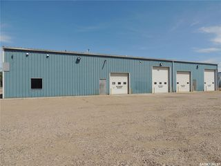 Photo 3: 233 3rd Street in Estevan: Commercial for lease : MLS®# SK806434