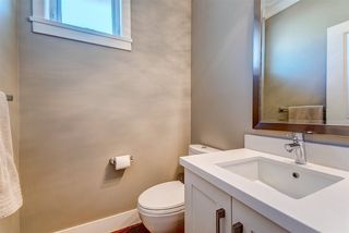 """Photo 10: 14 15989 MOUNTAIN VIEW Drive in Surrey: Grandview Surrey Townhouse for sale in """"Hearthstone"""" (South Surrey White Rock)  : MLS®# R2476687"""
