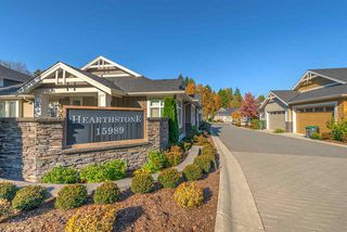"""Photo 2: 14 15989 MOUNTAIN VIEW Drive in Surrey: Grandview Surrey Townhouse for sale in """"Hearthstone"""" (South Surrey White Rock)  : MLS®# R2476687"""