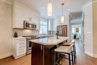 """Photo 7: 14 15989 MOUNTAIN VIEW Drive in Surrey: Grandview Surrey Townhouse for sale in """"Hearthstone"""" (South Surrey White Rock)  : MLS®# R2476687"""