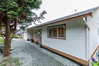 """Photo 3: 2675 ST GALLEN Way in Abbotsford: Abbotsford East House for sale in """"Glen Mountain"""" : MLS®# R2485378"""