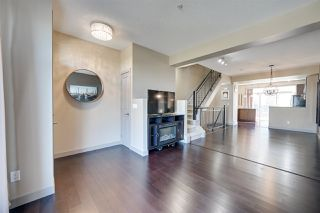 Photo 4: 1627 CUNNINGHAM Way in Edmonton: Zone 55 Townhouse for sale : MLS®# E4212682