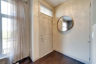 Photo 2: 1627 CUNNINGHAM Way in Edmonton: Zone 55 Townhouse for sale : MLS®# E4212682