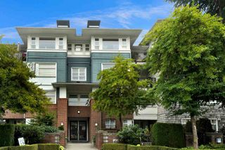 "Main Photo: 412 6508 DENBIGH Avenue in Burnaby: Forest Glen BS Condo for sale in ""Oakwood"" (Burnaby South)  : MLS®# R2499110"