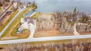 Photo 2: 513 Hall Road in Petersfield: R13 Residential for sale : MLS®# 202028031