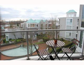 """Photo 9: 311 8420 JELLICOE Street in Vancouver: Fraserview VE Condo for sale in """"BOARDWALK"""" (Vancouver East)  : MLS®# V803299"""