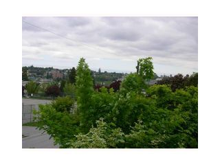 "Photo 10: 303 1481 E 4TH Avenue in Vancouver: Grandview VE Condo for sale in ""SCENIC VILLA"" (Vancouver East)  : MLS®# V833401"