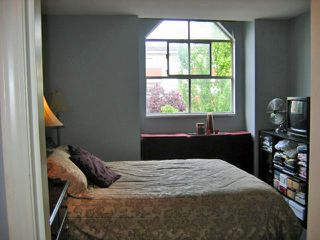 "Photo 5: 303 1481 E 4TH Avenue in Vancouver: Grandview VE Condo for sale in ""SCENIC VILLA"" (Vancouver East)  : MLS®# V833401"