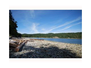 Photo 2: 5488 EUREKA Road in Halfmoon Bay: Halfmn Bay Secret Cv Redroofs House for sale (Sunshine Coast)  : MLS®# V845978