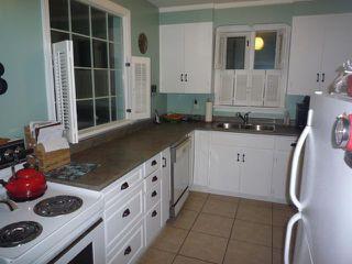 Photo 3: 21 DUNROBIN Avenue in WINNIPEG: East Kildonan Residential for sale (North East Winnipeg)  : MLS®# 1018741