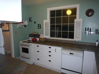 Photo 4: 21 DUNROBIN Avenue in WINNIPEG: East Kildonan Residential for sale (North East Winnipeg)  : MLS®# 1018741