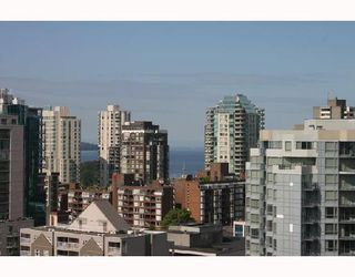 """Photo 9: 1902 1199 SEYMOUR Street in Vancouver: Downtown VW Condo for sale in """"BRAVA"""" (Vancouver West)  : MLS®# V729484"""