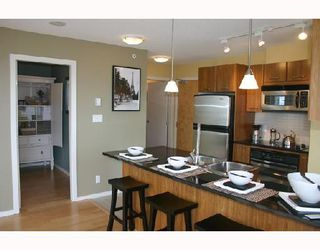 """Photo 4: 1902 1199 SEYMOUR Street in Vancouver: Downtown VW Condo for sale in """"BRAVA"""" (Vancouver West)  : MLS®# V729484"""