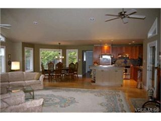 Photo 2:  in SHAWNIGAN LAKE: ML Shawnigan Single Family Detached for sale (Malahat & Area)  : MLS®# 415290