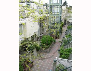 """Photo 4: 312 3727 W 10TH Avenue in Vancouver: Point Grey Townhouse for sale in """"FOLKSTONE"""" (Vancouver West)  : MLS®# V766376"""