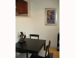 """Photo 7: 312 3727 W 10TH Avenue in Vancouver: Point Grey Townhouse for sale in """"FOLKSTONE"""" (Vancouver West)  : MLS®# V766376"""