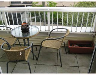 """Photo 6: 312 3727 W 10TH Avenue in Vancouver: Point Grey Townhouse for sale in """"FOLKSTONE"""" (Vancouver West)  : MLS®# V766376"""