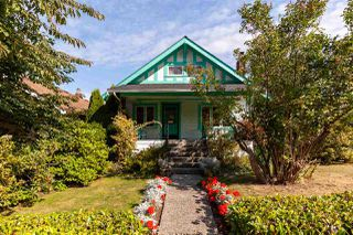 "Main Photo: 2701 W 1ST Avenue in Vancouver: Kitsilano House for sale in ""KITSILANO"" (Vancouver West)  : MLS®# R2402675"