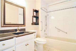 """Photo 10: 33 8889 212 Street in Langley: Walnut Grove Townhouse for sale in """"Garden Terrace"""" : MLS®# R2425313"""