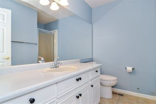 """Photo 13: 33 8889 212 Street in Langley: Walnut Grove Townhouse for sale in """"Garden Terrace"""" : MLS®# R2425313"""