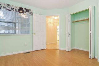 """Photo 12: 33 8889 212 Street in Langley: Walnut Grove Townhouse for sale in """"Garden Terrace"""" : MLS®# R2425313"""
