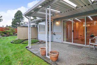 """Photo 15: 33 8889 212 Street in Langley: Walnut Grove Townhouse for sale in """"Garden Terrace"""" : MLS®# R2425313"""