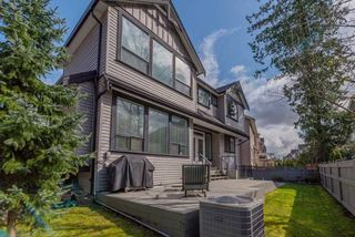 """Photo 17: 21004 76A Avenue in Langley: Willoughby Heights House for sale in """"YORKSON"""" : MLS®# R2448160"""