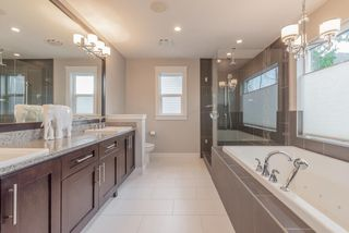 """Photo 13: 21004 76A Avenue in Langley: Willoughby Heights House for sale in """"YORKSON"""" : MLS®# R2448160"""