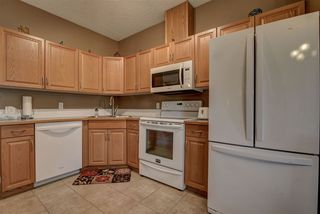 Photo 9: 11 8403 164 Avenue in Edmonton: Zone 28 Townhouse for sale : MLS®# E4194643