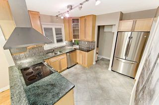 Photo 6: 39 Michael Boulevard in Whitby: Lynde Creek House (Bungalow) for sale : MLS®# E4846116