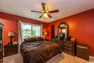 Photo 11: 19422 CUSICK Crescent in Pitt Meadows: Mid Meadows House for sale : MLS®# R2493734