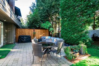 Photo 11: 2351 MOUNTAIN HIGHWAY in North Vancouver: Lynn Valley Townhouse for sale : MLS®# R2503751
