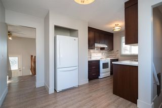 Photo 10: 3719 28 Street SE in Calgary: Dover Detached for sale : MLS®# A1040737
