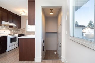 Photo 12: 3719 28 Street SE in Calgary: Dover Detached for sale : MLS®# A1040737