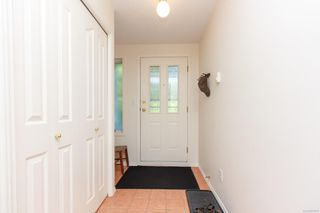 Photo 2: 101 1150 Walkem Rd in : Du Ladysmith Condo for sale (Duncan)  : MLS®# 857872