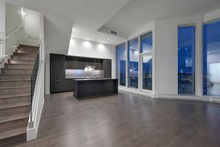 Photo 9: 2303 10360 102 Street in Edmonton: Zone 12 Condo for sale : MLS®# E4219615