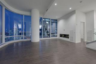 Photo 8: 2303 10360 102 Street in Edmonton: Zone 12 Condo for sale : MLS®# E4219615
