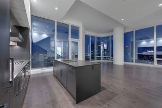 Photo 5: 2303 10360 102 Street in Edmonton: Zone 12 Condo for sale : MLS®# E4219615