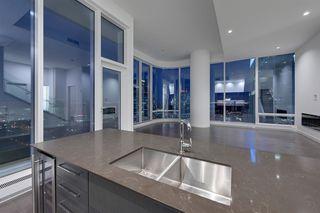 Photo 16: 2303 10360 102 Street in Edmonton: Zone 12 Condo for sale : MLS®# E4219615